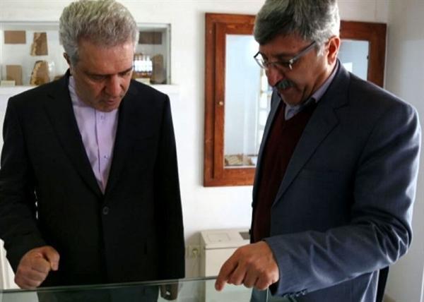رئیس سازمان میراث فرهنگی از عمارت تاریخی خسروآباد سنندج بازدید کرد