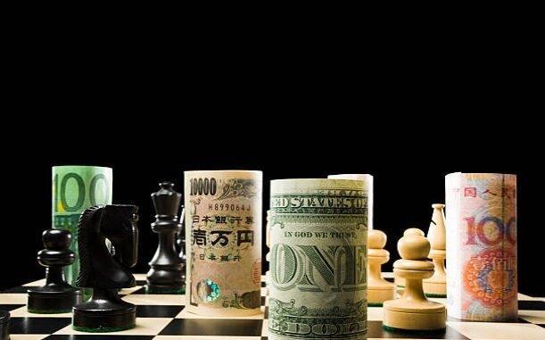 عقب نشینی گسترده دلار در برابر ارزهای مختلف با دور جدید جنگ تجاری