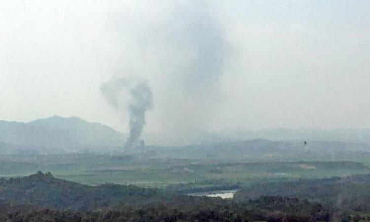 عکس ، نخستین تصویر از انفجار دفتر مشترک دو کره ، قدرتنمایی خواهرِ اون