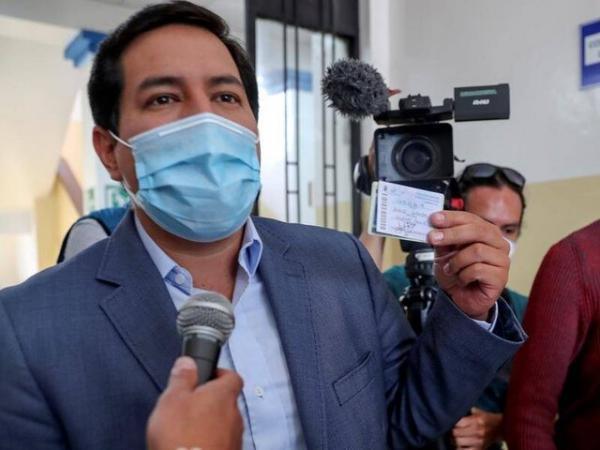 آرائوز در دور نخست انتخابات اکوادور پیشتاز است