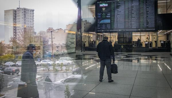 خروج 24 هزار میلیارد تومان از بورس، نتیجه دامنه نوسان نامتقارن